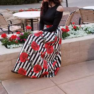 Dresses & Skirts - floral print party dress